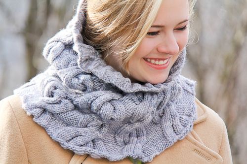 Chic Mega Cowl Last Look | The Knitting Vortex