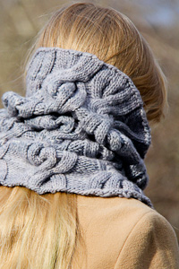Chic Mega Cowl back view | The Knitting Vortex