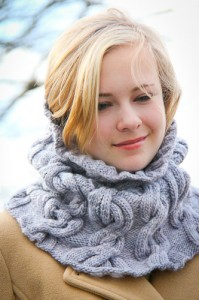 Chic Mega Cowl closeup | The Knitting Vortex
