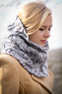 Chic Mega Cowl side view | The Knitting Vortex