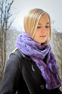 Very Chic Scarf side view | The Knitting Vortex