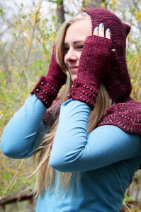 Escallop Mitts & Cape | The Knitting Vortex