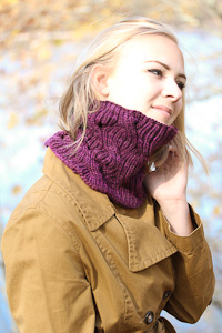 Laura Cowl side view | The Knitting Vortex