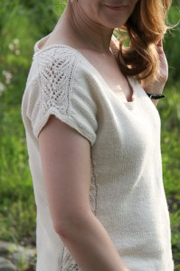 Tarry shoulder lace | The Knitting Vortex
