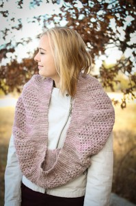 Yoli Cowl project infinity scarf | The Knitting Vortex