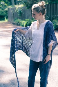 Throwing Shade side view | The Knitting Vortex